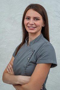 Burnos higienistė, odontologo padėjėja Violeta Kaminskaitė